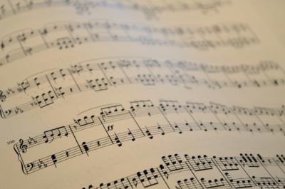 note-lontane-sheet-music-1229481_1280